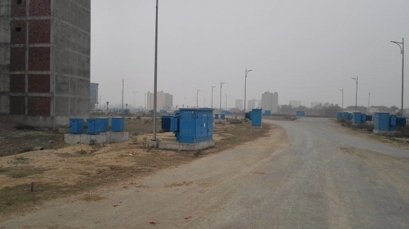 DHA Defence Lahore Phase 8 Broadway commercial (17)